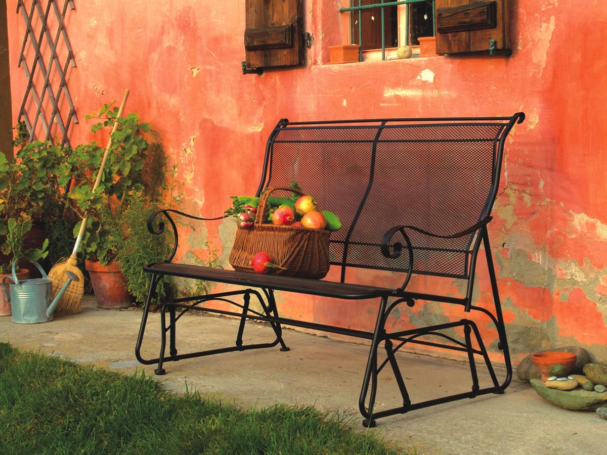 Arredo esterno o accessori e mobili da giardino e terrazzo for Arredo ville e giardini